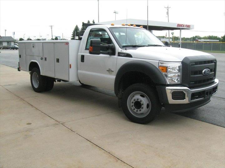 L & S Truck Center Of Appleton, Inc. - Truck Repair & Service - Appleton, WI - Slider 11
